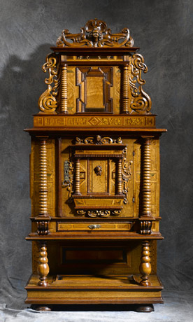 meubles anciens cr dence renaissance alsace bertrand klein antiquit s. Black Bedroom Furniture Sets. Home Design Ideas