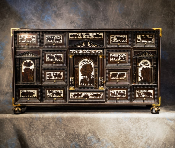 CABINET INLAID EBONY