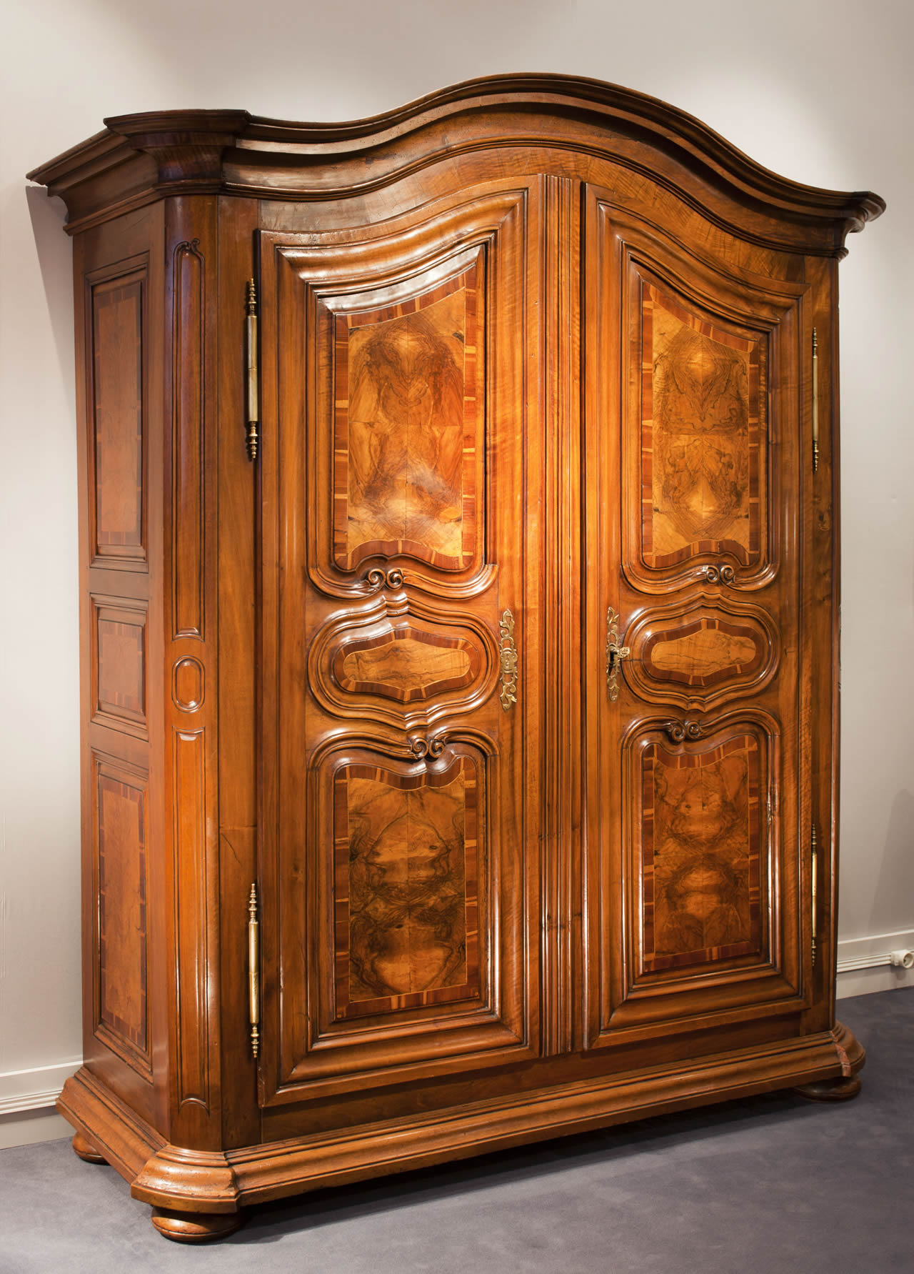 meubles anciens armoire alsacienne marquet e bertrand klein antiquit s. Black Bedroom Furniture Sets. Home Design Ideas