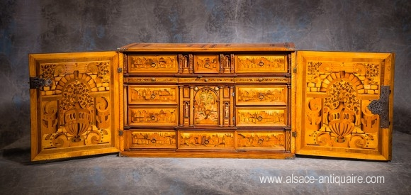 INLAID CABINET WITH FLOWER AND ARCHITECTURAL DECOR
